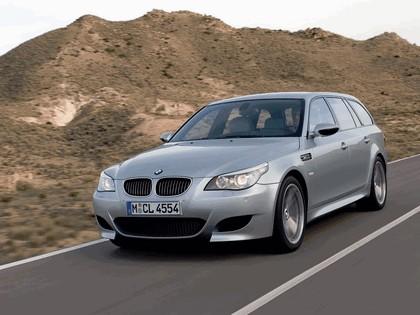 2007 BMW M5 touring 9