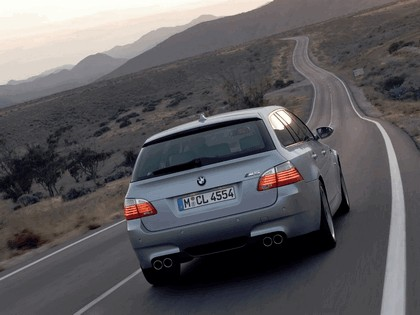 2007 BMW M5 touring 10