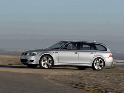 2007 BMW M5 touring 13