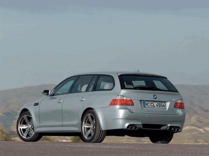 2007 BMW M5 touring 18