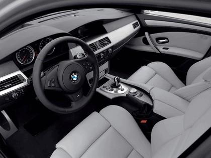 2007 BMW M5 touring 29