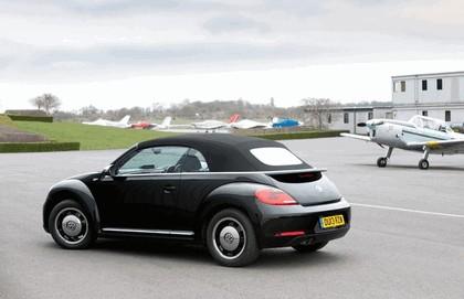 2013 Volkswagen Beetle cabriolet 50s edition - UK version 4