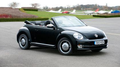 2013 Volkswagen Beetle cabriolet 50s edition - UK version 6
