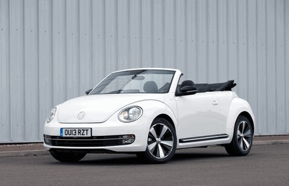 2013 Volkswagen Beetle cabriolet 60s white edition - UK version 2