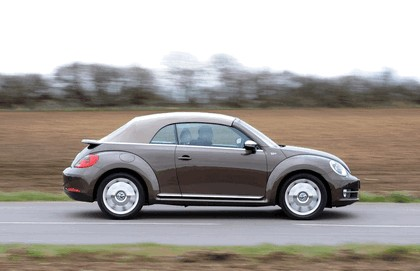 2013 Volkswagen Beetle cabriolet 70s edition - UK version 7
