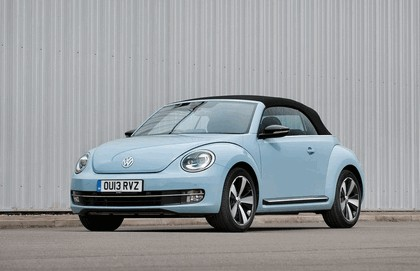 2013 Volkswagen Beetle cabriolet sport - UK version 1