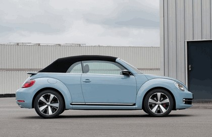 2013 Volkswagen Beetle cabriolet sport - UK version 4
