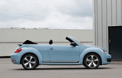 2013 Volkswagen Beetle cabriolet sport - UK version 5