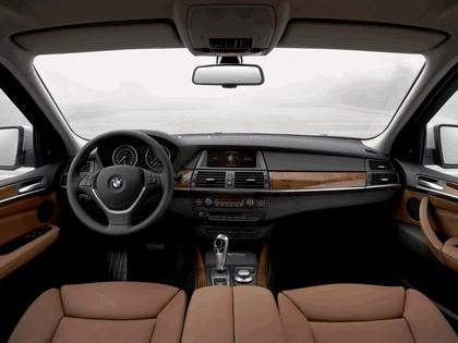 2007 BMW X5 4.8i 34