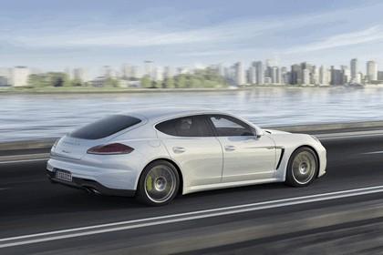 2013 Porsche Panamera S E-Hybrid 2