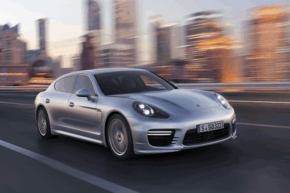 2013 Porsche Panamera Turbo Executive 1