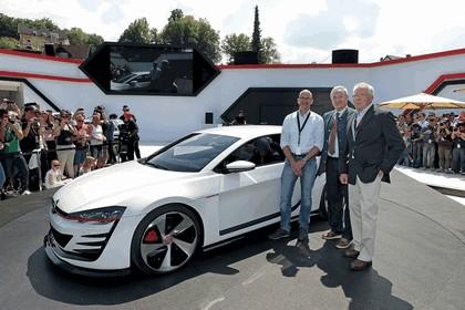 2013 Volkswagen Design Vision GTI 4