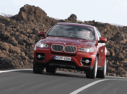 2007 BMW X6 Sports Activity Coupé 2