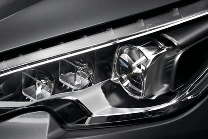 2013 Peugeot 308 5-door 24