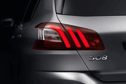 2013 Peugeot 308 5-door 28