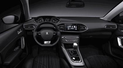 2013 Peugeot 308 5-door 32