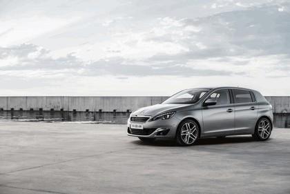 2013 Peugeot 308 5-door 64