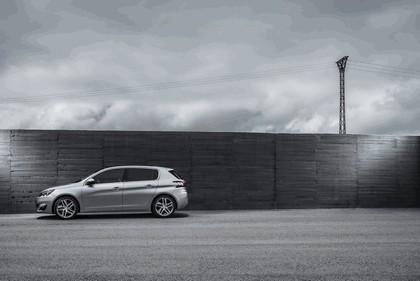 2013 Peugeot 308 5-door 72