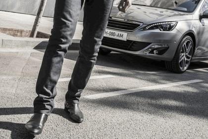 2013 Peugeot 308 5-door 115