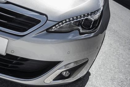2013 Peugeot 308 5-door 124