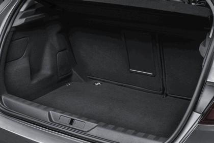 2013 Peugeot 308 5-door 136