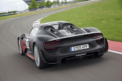 2013 Porsche 918 Spyder prototype 4