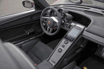 2013 Porsche 918 Spyder prototype 12