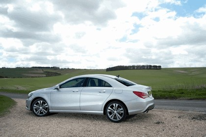 2013 Mercedes-Benz CLA ( C117 ) 180 - UK version 11