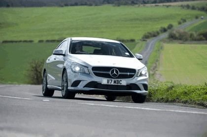 2013 Mercedes-Benz CLA ( C117 ) 180 - UK version 14