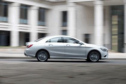 2013 Mercedes-Benz CLA ( C117 ) 180 - UK version 17