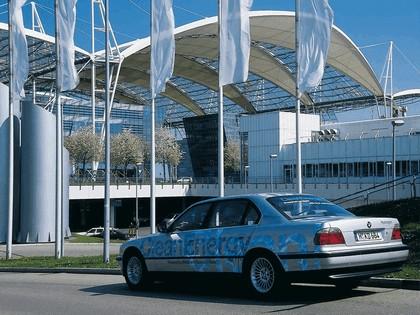 2000 BMW 750hL ( E38 ) Hydrogen V12 CleanEnergy concept 16