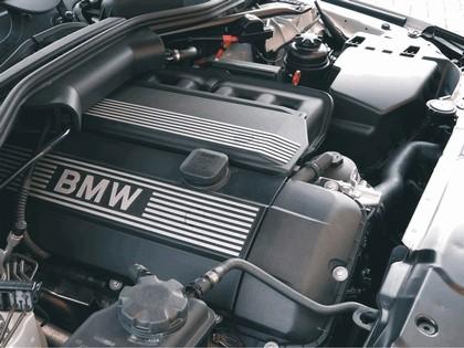 2003 BMW 520i ( E60 ) - UK version 9