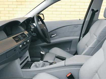 2003 BMW 520i ( E60 ) - UK version 10
