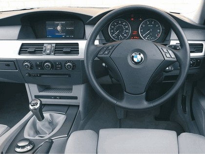 2003 BMW 520i ( E60 ) - UK version 12