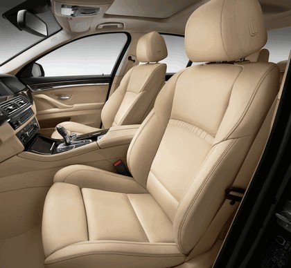 2013 BMW 5er ( F10 ) sedan 43