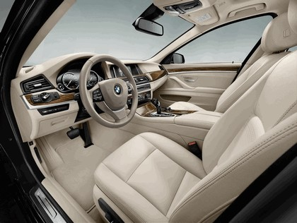 2013 BMW 5er ( F11 ) touring 57