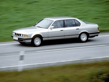 1987 BMW 750iL ( E32 ) 11