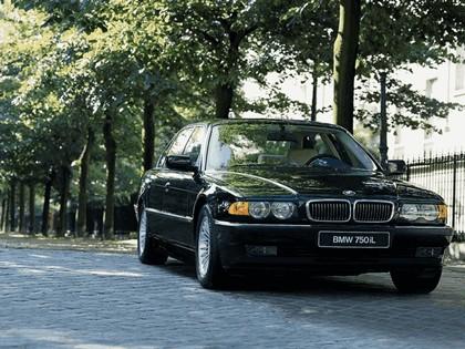 1998 BMW 750iL ( E38 ) 4