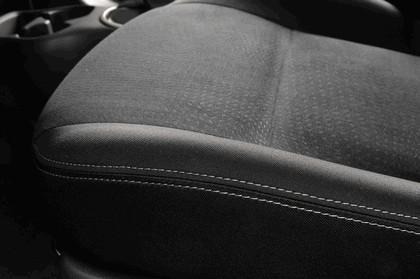2013 Nissan Micra 34