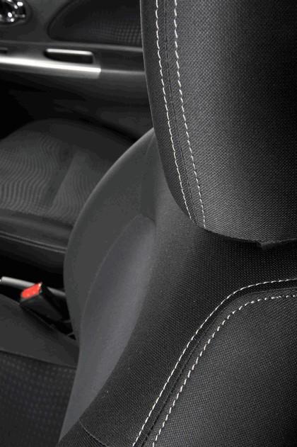 2013 Nissan Micra 35