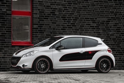 2013 Peugeot 208 engarde by Musketier 1