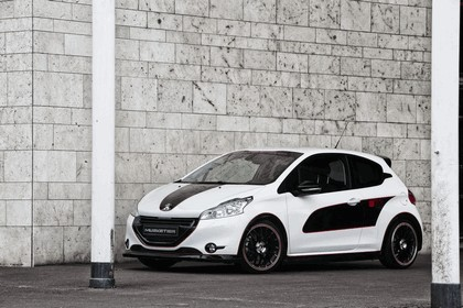 2013 Peugeot 208 engarde by Musketier 10