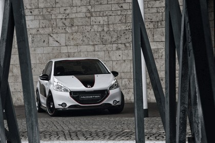 2013 Peugeot 208 engarde by Musketier 14