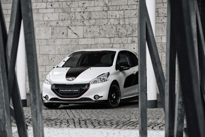 2013 Peugeot 208 engarde by Musketier 17