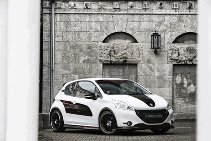 2013 Peugeot 208 engarde by Musketier 19