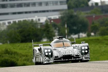 2013 Porsche LMP1 - rollout at Weissach 2