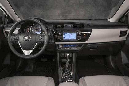 2013 Toyota Corolla LE Eco - USA version 12