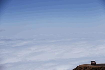 2013 Land Rover Range Rover Sport - Pikes Peak hill climb record 16