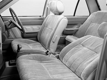 1981 Nissan Sunny ( B11 ) sedan 4