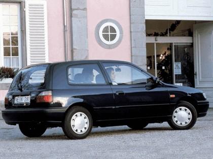 1990 Nissan Sunny ( N14 ) 3-door 2